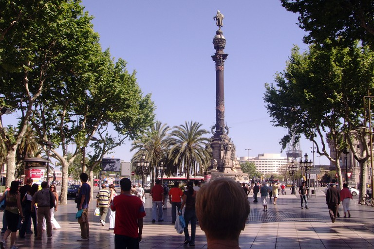 The hostel is located close to La Rambla