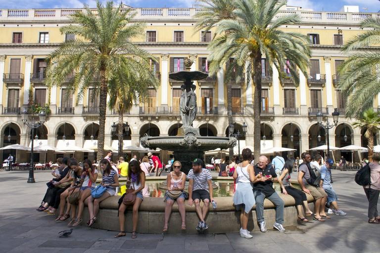 Barcelona's beautiful Pl. Reial © Katherine Price