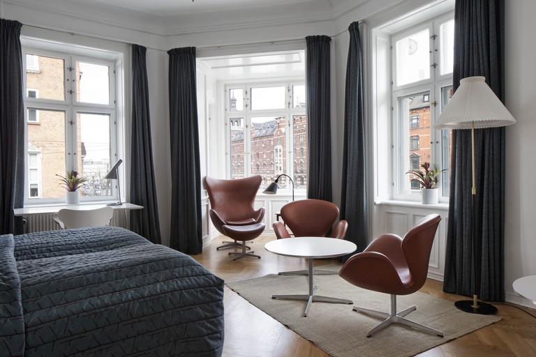 Arne Jacobsen Room