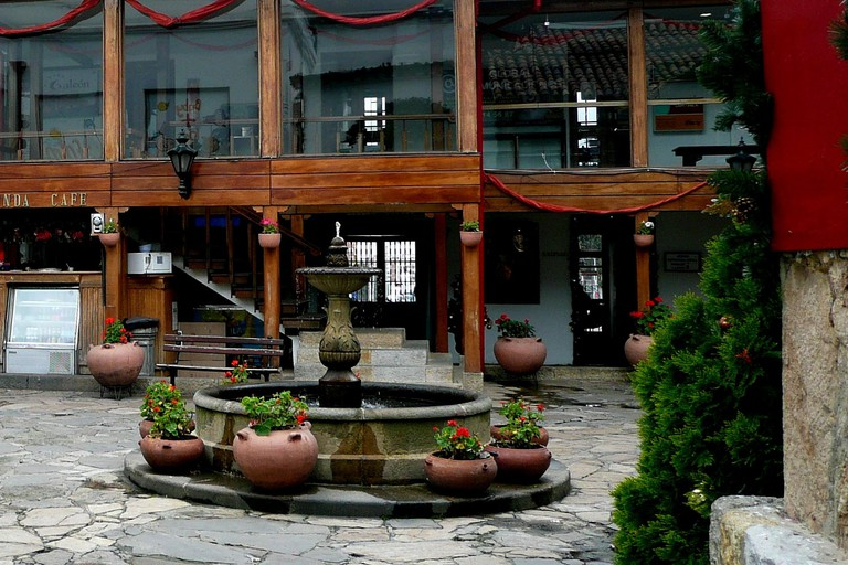 The pretty central courtyard of Hacienda Santa Barbara