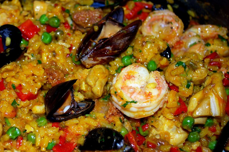 Colourful paella