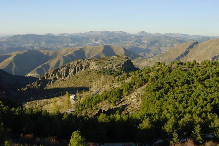 Enjoy horse riding in Granada's Sierra Nevada from the Zerbinetta hotel