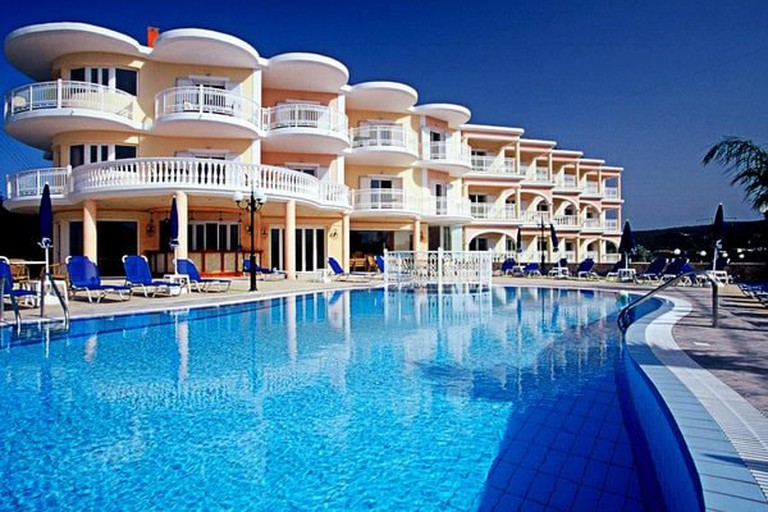Arkadia Luxury Hotel Apartments, Kipseli