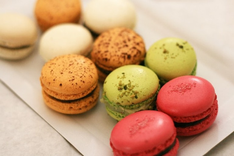 You can order macarons and other French delicacies here!