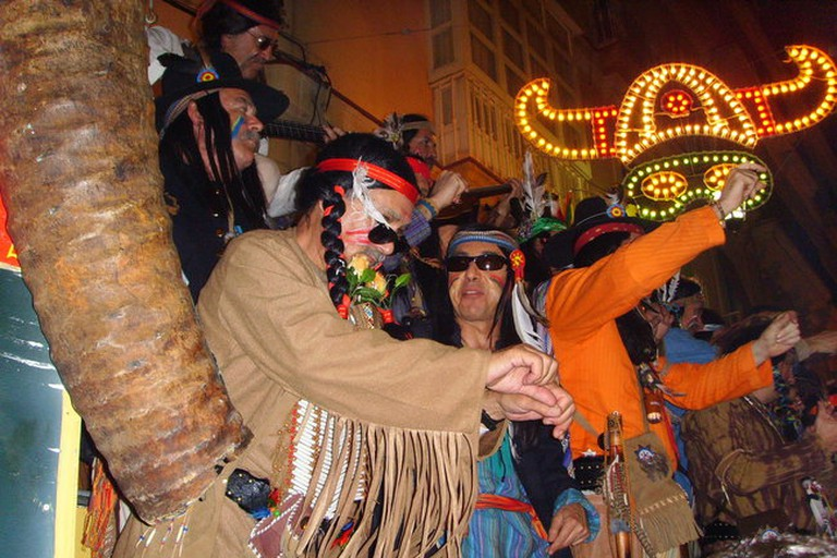 Summer Cádiz Hostal is in the La Viña neighbourhood, where some of the best street performances happen
