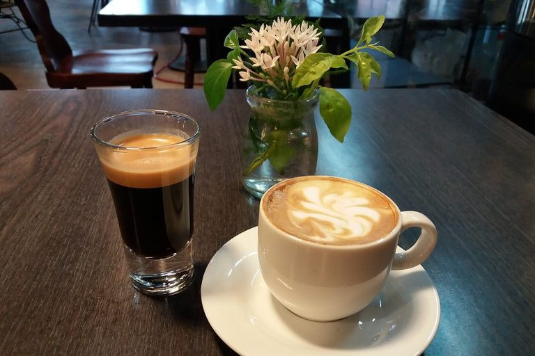 Piccolo Coffee at King Tang Cafe