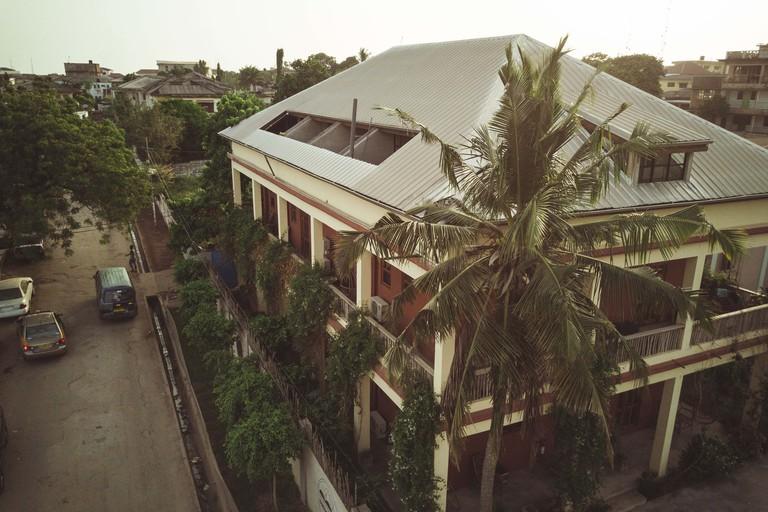 Somewhere Nice, Accra