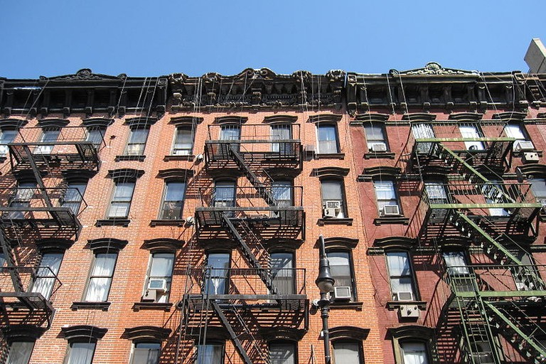 800px-Orchard_Street_Manhattan_IMG_9186