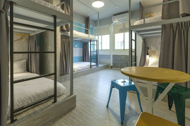 The modern dorm rooms at Bayhouse Comfortel
