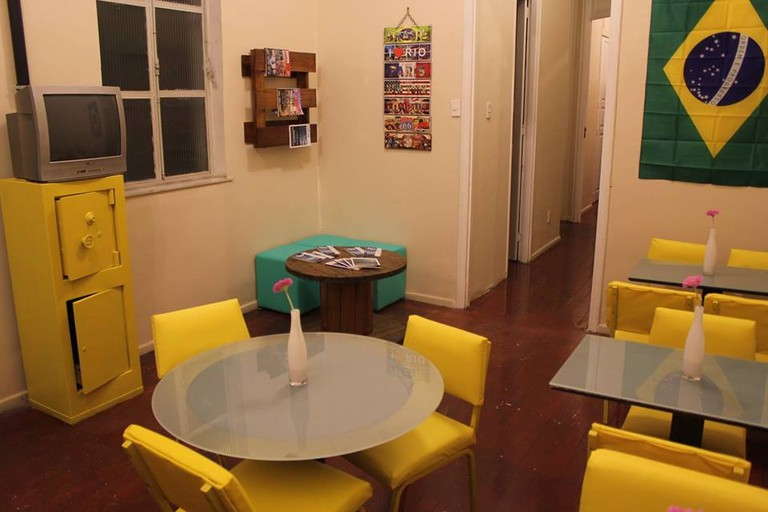 The common room at Hostel by Hotel Galicia