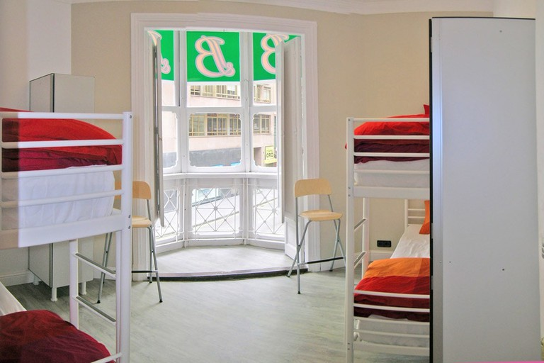 Hostel B&B&B, Santander