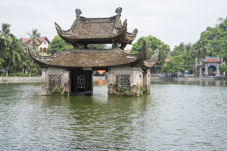 The beautiful Thay Temple | © Vietnam Stock Images/shutterstock