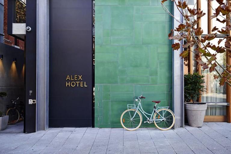 Alex Hotel exterior