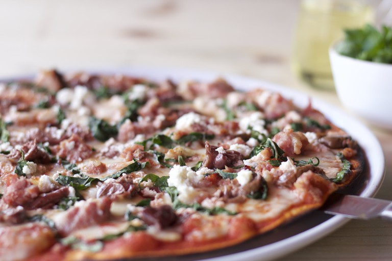 Casalottis serves delicious banting-friendly pizzas