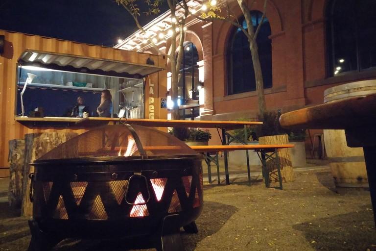 Firepit & Beer Garden