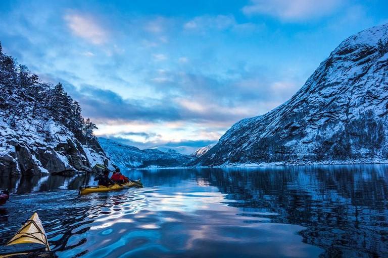 Winter kayaking on Lake Ringedalsvatnet