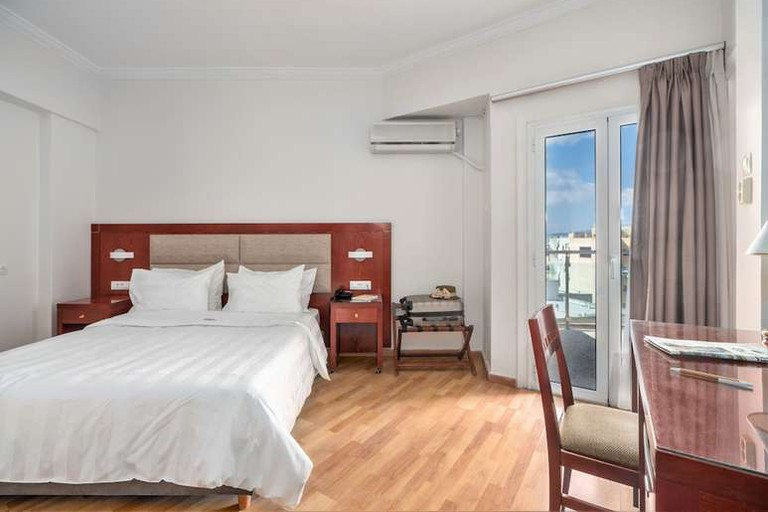 Attalos Hotel, Athina