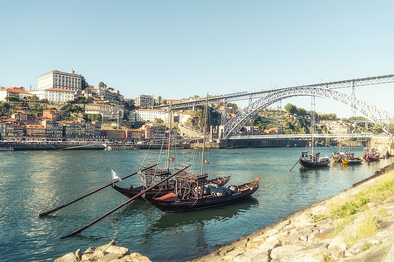 Who wants to enjoy stunning views over Porto?
