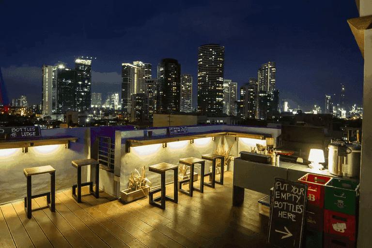 Z Hostel Rooftop Bar