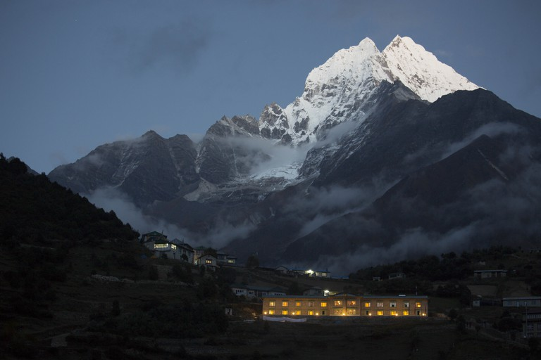 Yeti Mountain Home, चौरीखर्क