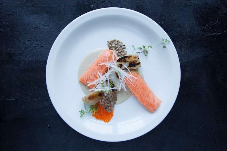 Trout and Jerusalem artichoke with sunflower cream