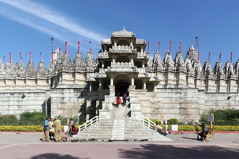 1.ranakpur_jain_temple_