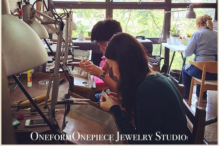 Oneform-OnePiece Studio