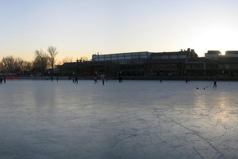 Ice rink on a frozen lake, Houhai, Beijing, China - 后海,北京,中国