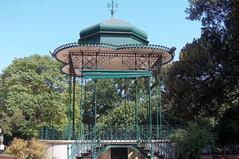 The gazebo in the Jardim da Estrela is one of the many spots to sit and relax.