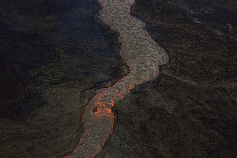 Lava flow from above | © ben britten/Flickr