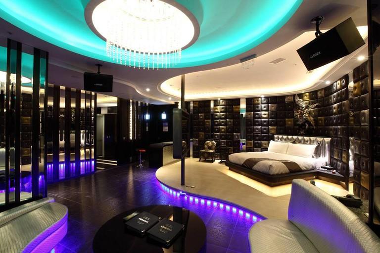Incredible interior design at iCloud