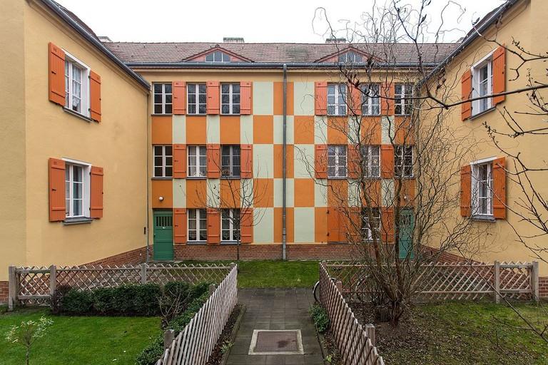 1200px-Gartenstadt_Falkenberg_(Tuschkastensiedlung)_Bild_2