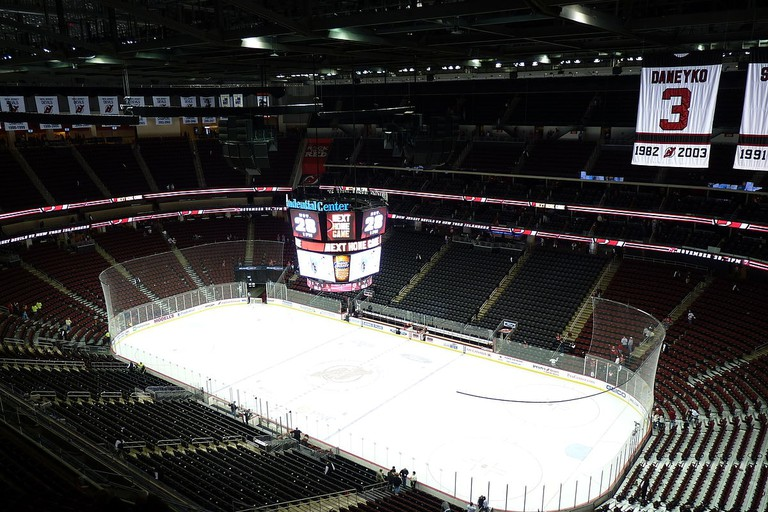 1200px-Prudential_Center_hockey_rink