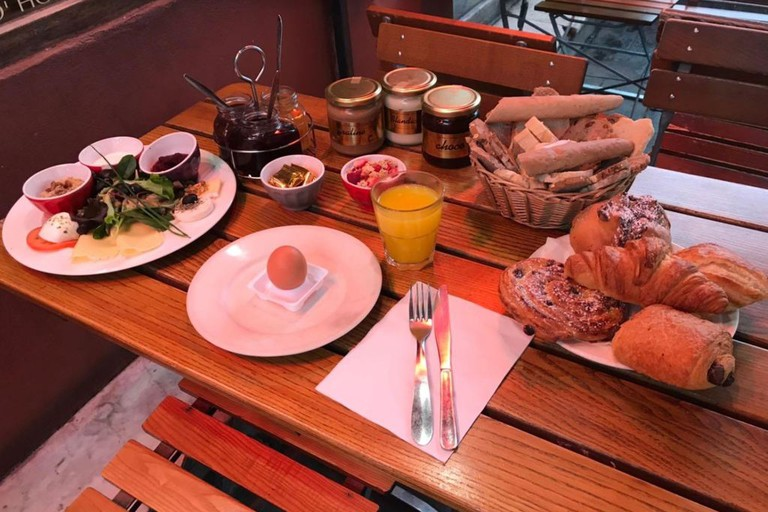 Brunch at the much-loved café Pain & Cie in Nice