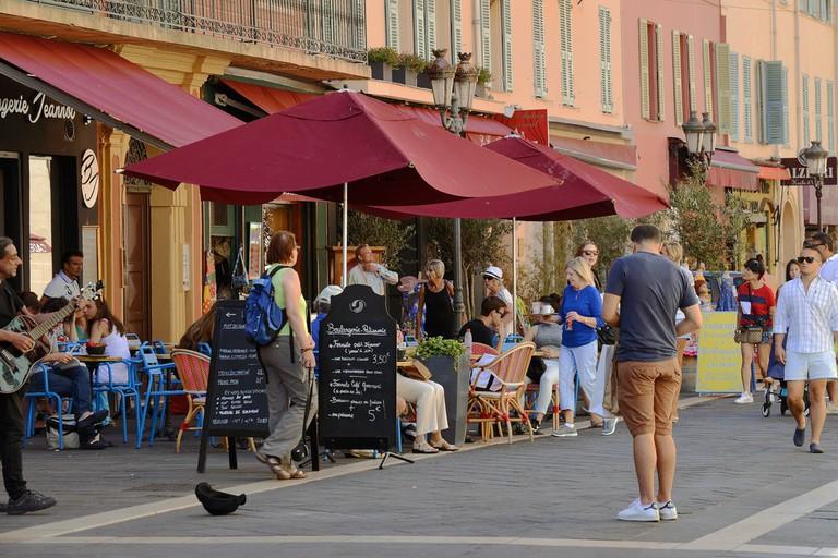 Rue Saint-François de Paule is home to lots of lovely cafes but notably the Maison Auer