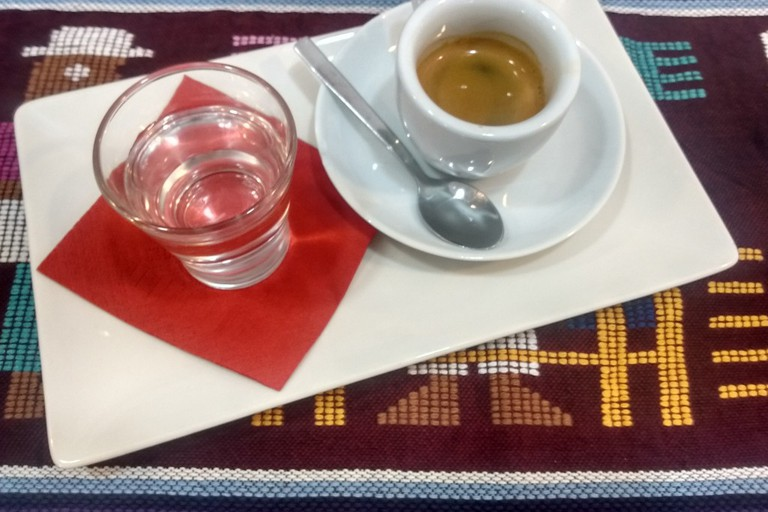 Coffee at Mayan Coffees, Valencia.