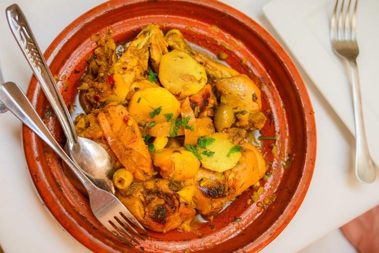 Tuck into a mean chicken tagine at Bodega Mezquita