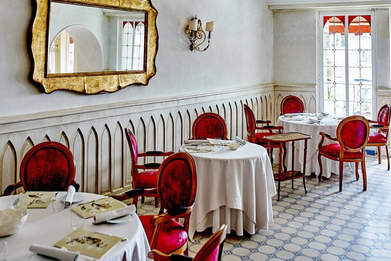 The dining room at Hostellerie Jérôme