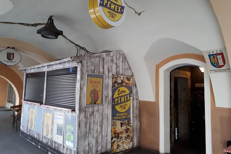Pewex Extra Pub
