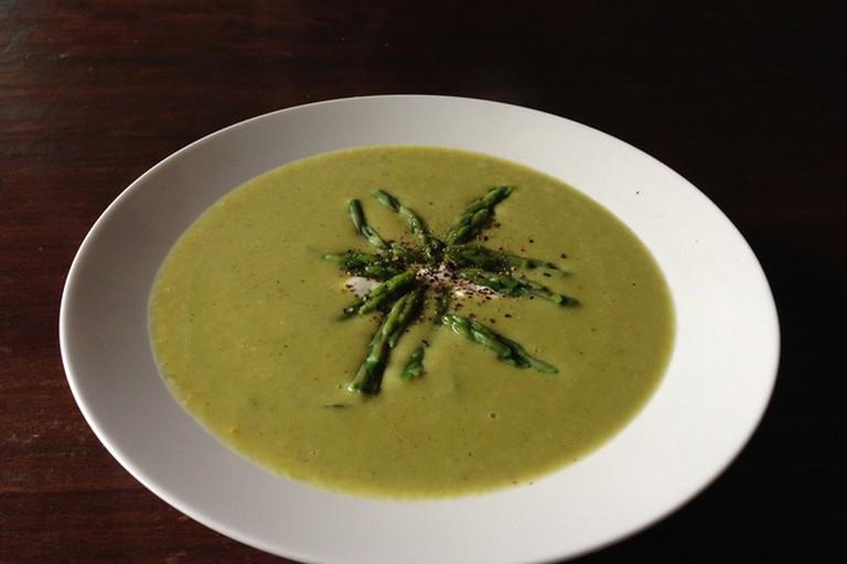 Curried asparagus and kaffir lime soup