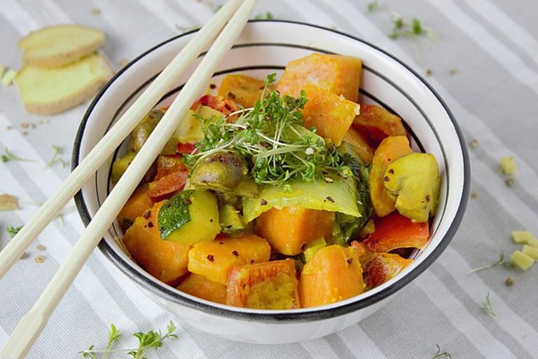 Vegetarians will love the veggie curry at Ultramar&no