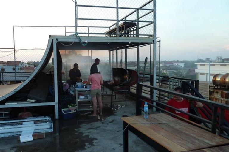 X Bar, Siem Reap