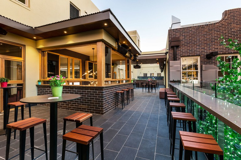 Crows Nest Hotel beer garden