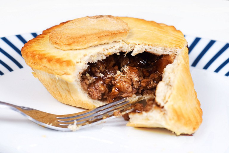 Classic steak pie