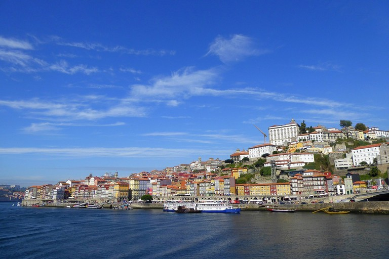 Great prices and a view of the Douro River? Yes, please!