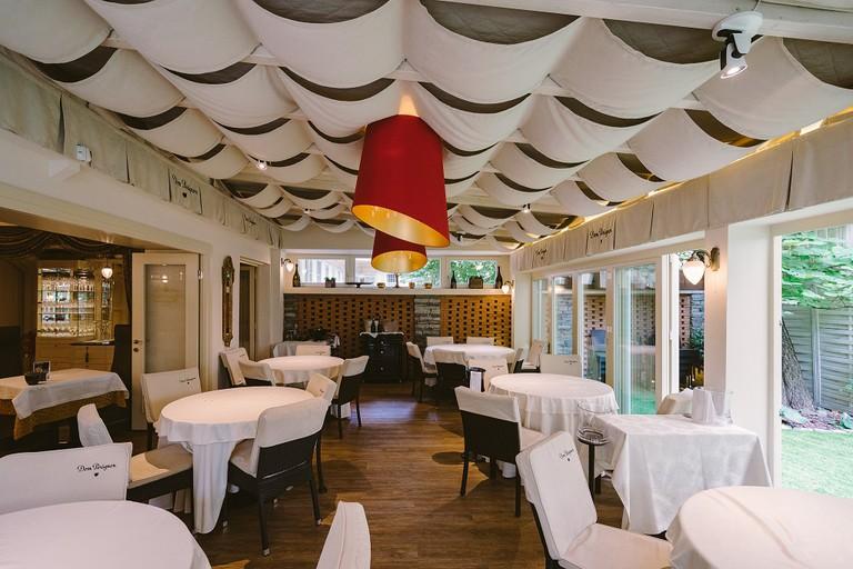 黃金魚子醬餐廳