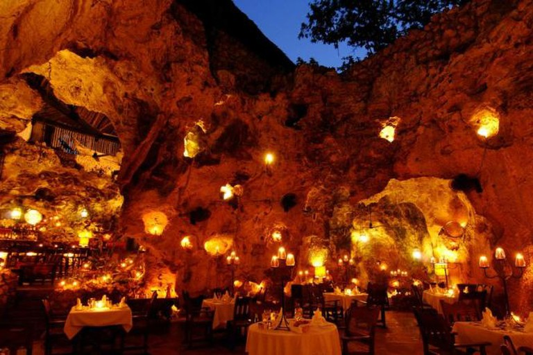Ali Barbour's Cave Restaurant, Diani Beach