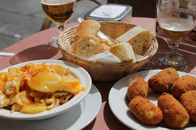 Tapas and cañas in Salamanca