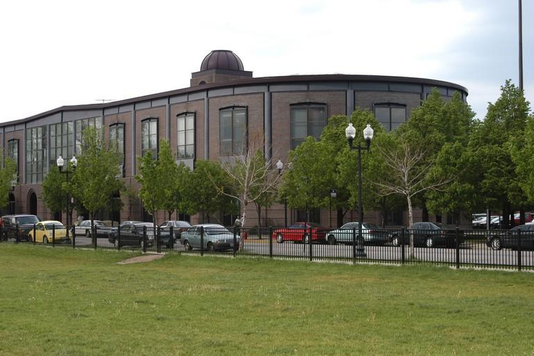 Conrad Sulzer Regional Library