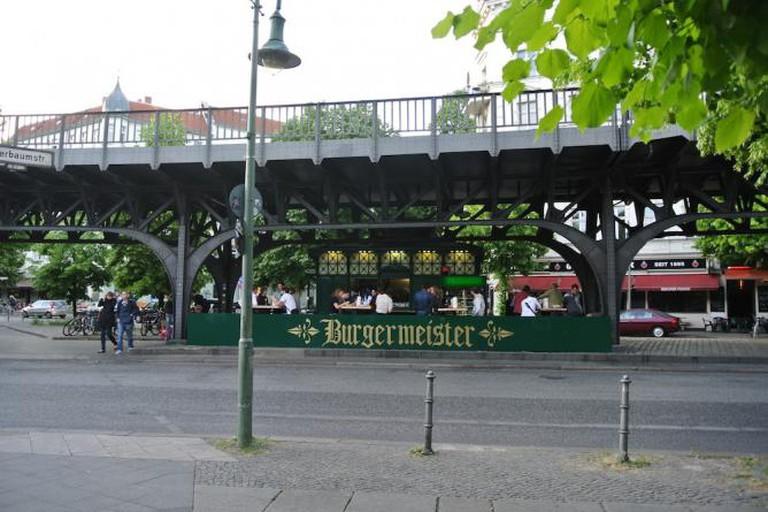 Schnitzelei, Charlottenburg